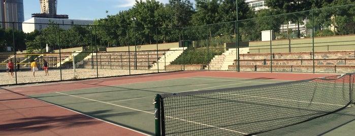 İTÜ Tenis Kortları is one of Spor Tesisleri.