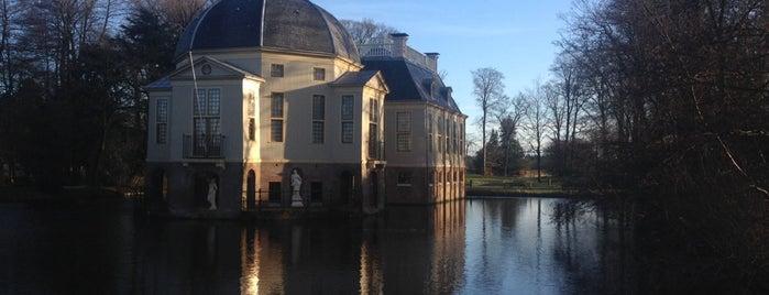 Trompenburg is one of Buitenplaatsen 's-Graveland.