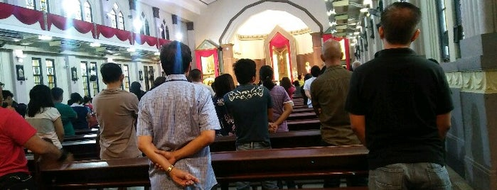 Santisimo Rosario Parish Church is one of Places I've been to....