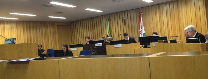 Plenário da 8ª Turma is one of Lugares....
