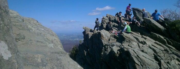 Humpback Rocks is one of Wishlist.