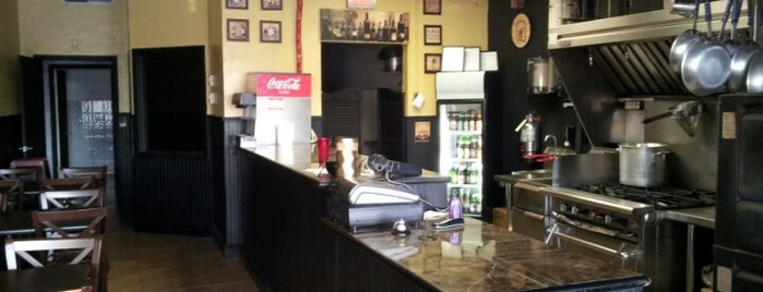Lillo's Pizzeria And Ristorante is one of Lukas' South FL Food List!.