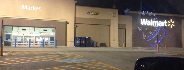 Walmart Supercenter is one of Lincoln 1.