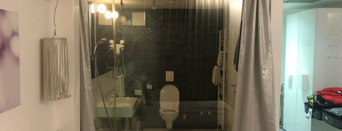 Hotel Luxe is one of Getaway   Hotel.
