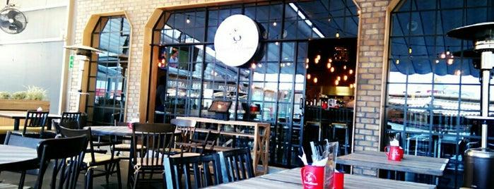 El Duque y la Marmota is one of Restaurantes.