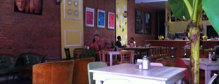 Domku Bar & Cafe is one of Brunch.