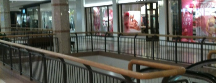 Masonville Place is one of Lees Digs.