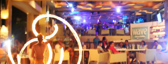 Wave Bar & Lounge is one of BORACAY.