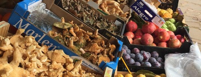 Mercadillo Del Agricultor - La Esperanza is one of El Tenerife rural a visitar.