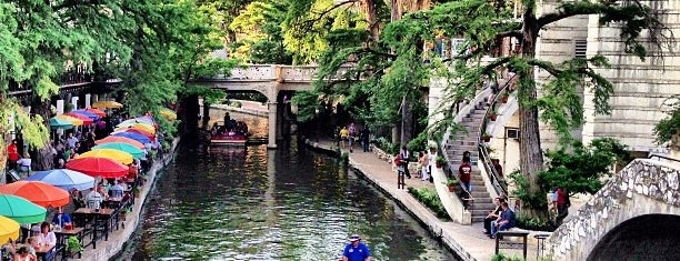 The San Antonio River Walk is one of I Want Somewhere: Sights To See & Things To Do.