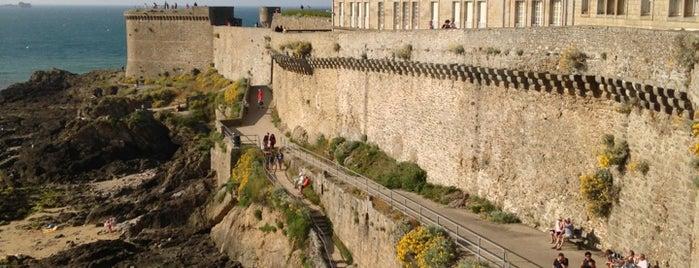 Remparts de Saint-Malo is one of Coups de cœur.