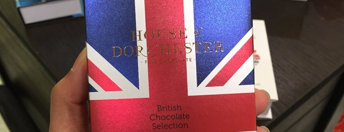 Chocolate Bar at Harrods is one of Around The World: London.
