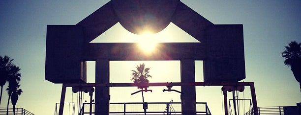 Muscle Beach is one of USA Trip 2013 - The West.