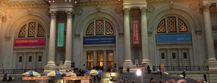 Metropolitan Museum of Art is one of The Crowe Footsteps.