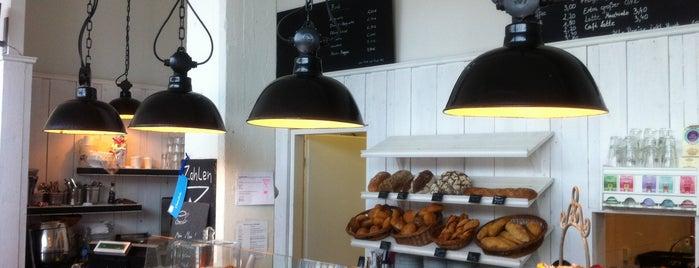 Café Schmidt is one of HAM × Eat × Drink.