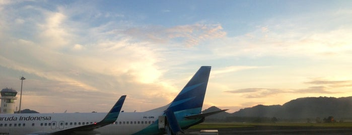 Sam Ratulangi International Airport (MDC) is one of Indonesia's Airport - 1st List..