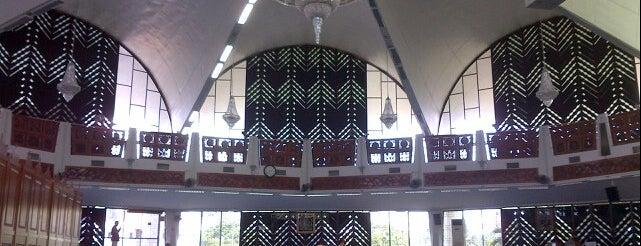 Masjid Negeri is one of masjid.