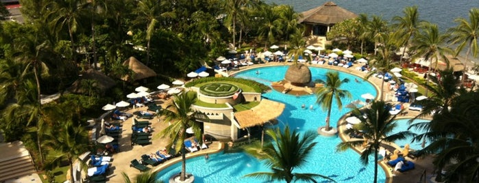 Hilton Hua Hin Resort & Spa is one of Charge Batt.
