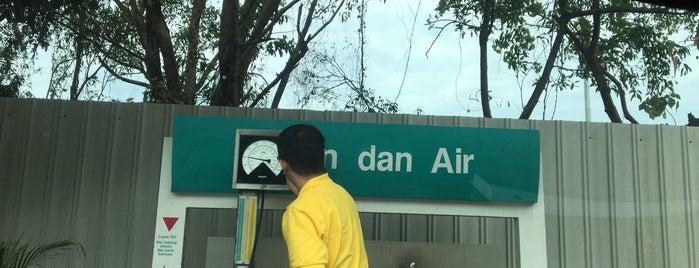Petronas is one of Petrol,Diesel & NGV Station.