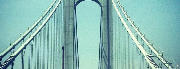 Verrazano–Narrows Bridge is one of not so frequent.