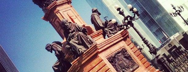 Monumento a Cristóbal Colón is one of Top picks for Plazas.