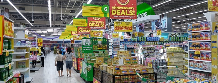 giant hypermarket malaysia porters five forces