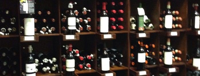 Felipe Motta Wine Store & Deli Obarrio is one of Panama.