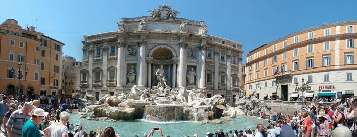 Fontaine de Trevi is one of Rome Italy.