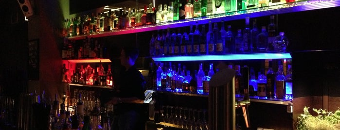 Lining LNG Bar is one of Berlin Tips.