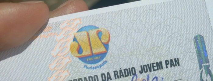 Jovem Pan Floripa FM is one of Lugares que já dei checkin.