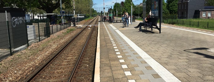 Station Geleen Oost is one of stations.
