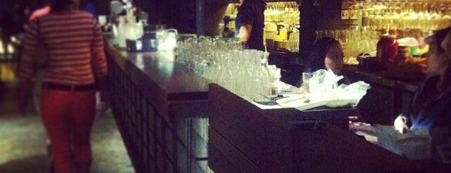 Singapore bar
