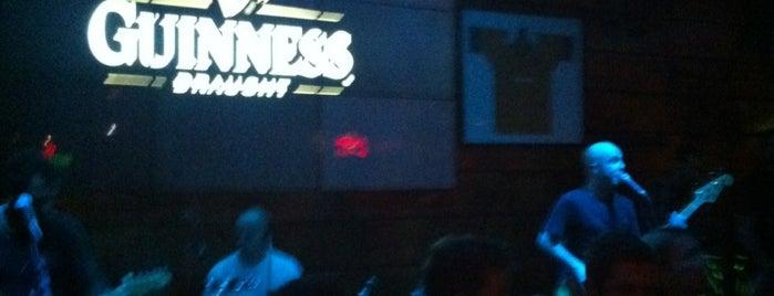 Kia Ora Pub is one of Henri's TOP Bars!.