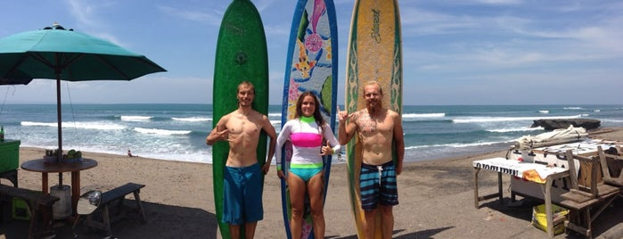 Batu Bolong Surf Rental Board And Surf Lesson is one of Bali.