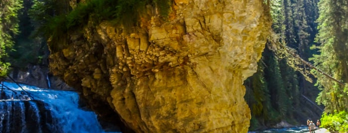 Upper Fall Of Johnston Canyon is one of Favorite Great Outdoors (Canadian West Coast).