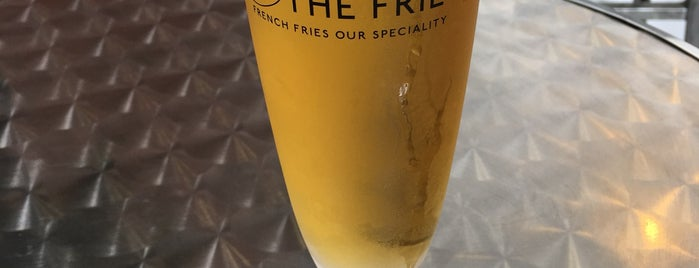 PUB AND THE FRIET 横浜 is one of Yokohama.