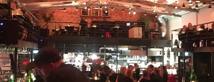 Baut Paradijs is one of Best bars in Amsterdam.