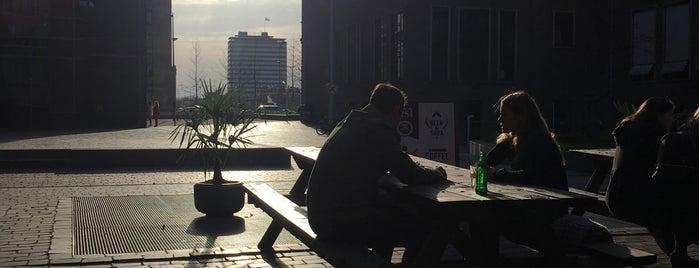 Café Fest is one of Z☼nnige terrassen in Amsterdam.
