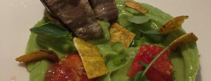 Aqua Restaurant at Hotel Luz is one of Levante y Sur.