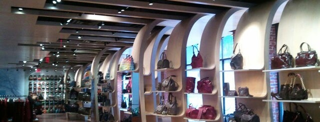 Longchamp - SoHo is one of Top Design Picks.