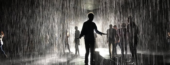 The Rain Room @ LACMA is one of Los Angeles.