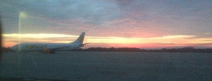Aeropuerto de Huesca-Pirineos (HSK) is one of Airports in SPAIN.