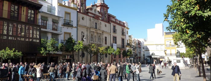 Salvador Square is one of Hipster Seville.