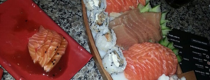Kiriwoto Sushi Steake House Barreiros is one of Sushi Floripa.