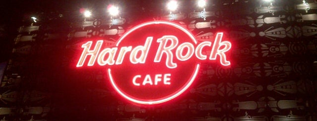 Hard Rock Café Medellín is one of RESTAURANTES MEDELLIN.