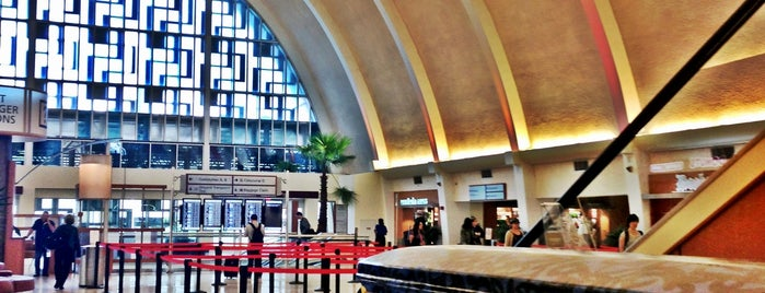 Aeropuerto Internacional de New Orleans Louis Armstrong (MSY) is one of Airports been to.