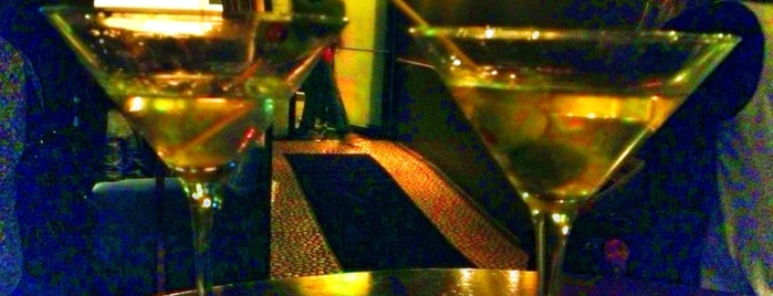 Vault Martini is one of Favorite places in Portland.