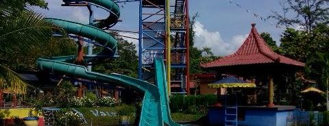 Owabong Waterpark is one of Wisata Jateng DIY.