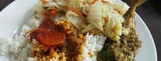 Qaseh Bistro Sek 13 Shah Alam is one of jalan2 cari makan seksyen 13 shah alam.