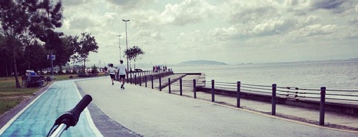 Caddebostan Sahili is one of Istanbul♥Cadde.
